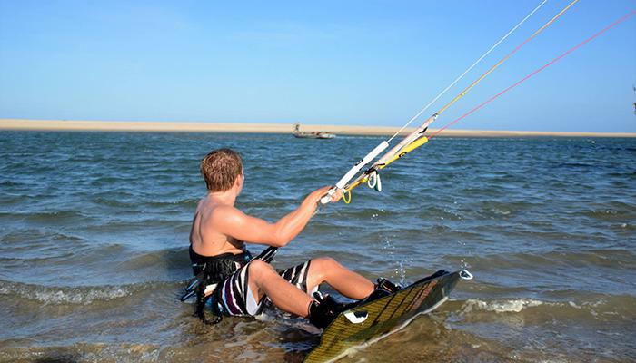 Cours débutant, kitesurfing brasil, escapada scolaire